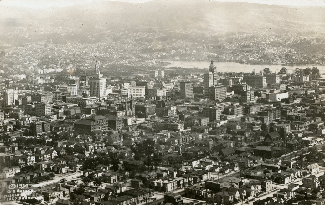 Oakland California aerial view 1923