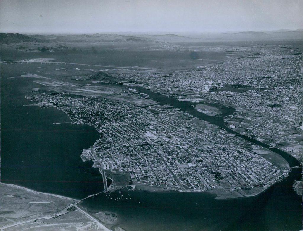 Alameda, California, aerial photo 1939