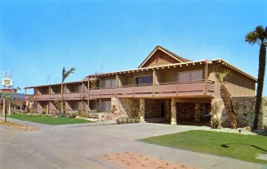 Coral Reef Motel, 400 Park Street, Alameda, California, mailed 1968