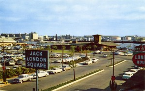 Jack_London_Square_Oakland_California_J8423