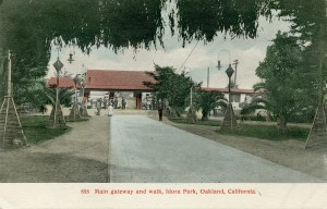 Main gateway and walk, Idora Park, Oakland, California