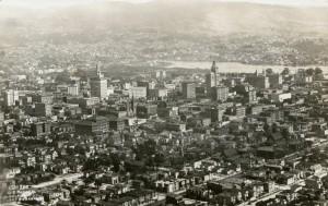 Oakland, California aerial view 1923