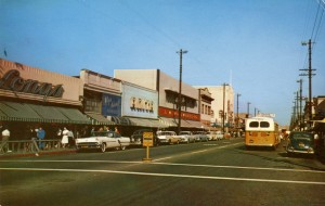 Popular shopping section, Park Street, Alameda, California, mailed 1961