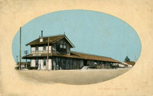 Southern Pacific Depot, Livermore, California old postcard mailed in 1914