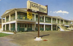 TraveLodge, West MacArthur, 598 West MacArthur Blvd., U. S. Highway 50, Oakland, California